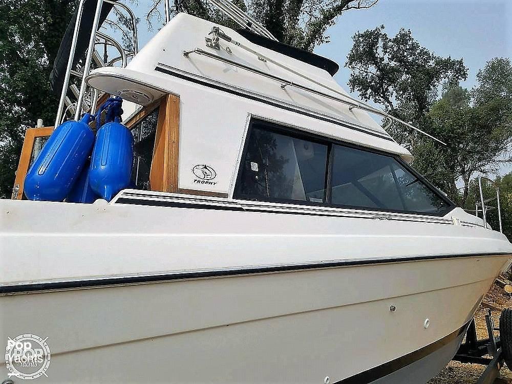 1991 Bayliner boat for sale, model of the boat is 2556 Trophy & Image # 3 of 16