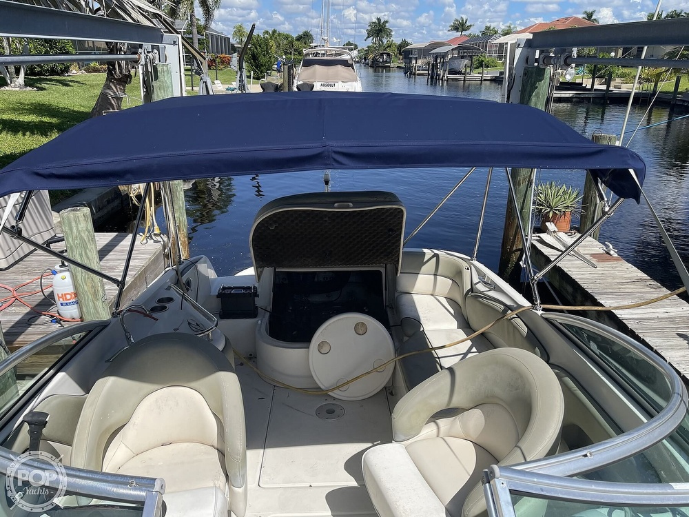 2005 Sea Ray boat for sale, model of the boat is 240 Sundeck & Image # 17 of 40