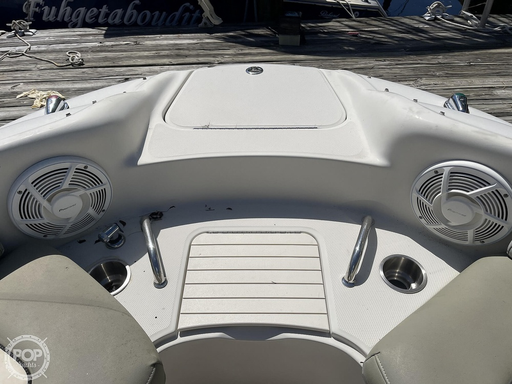 2005 Sea Ray boat for sale, model of the boat is 240 Sundeck & Image # 21 of 40