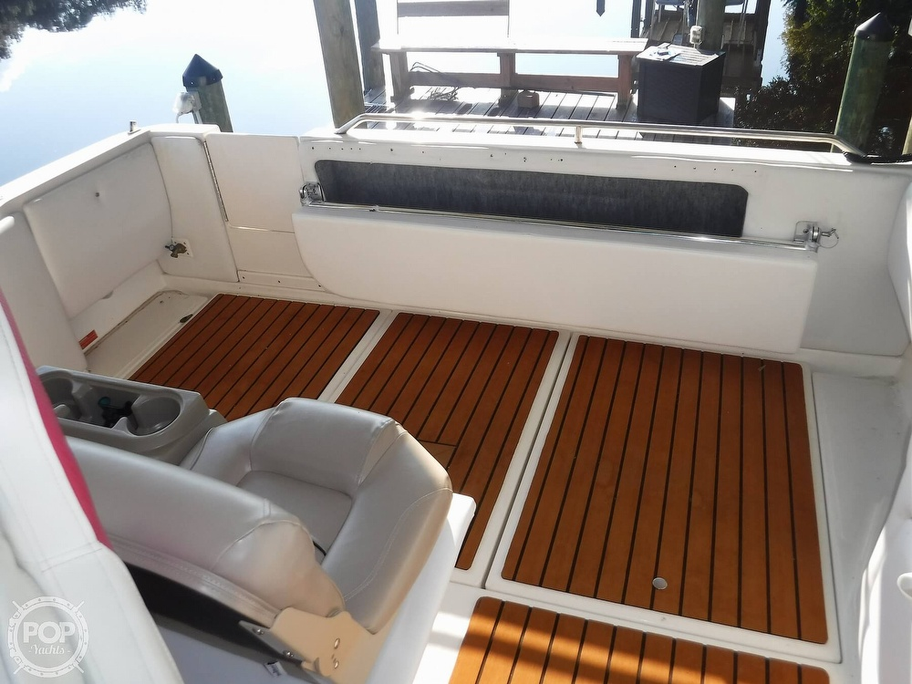 1992 Sea Ray boat for sale, model of the boat is 290 Sundancer & Image # 10 of 40