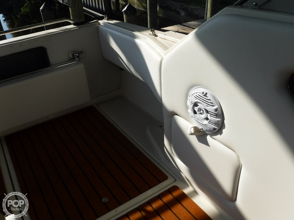 1992 Sea Ray boat for sale, model of the boat is 290 Sundancer & Image # 34 of 40