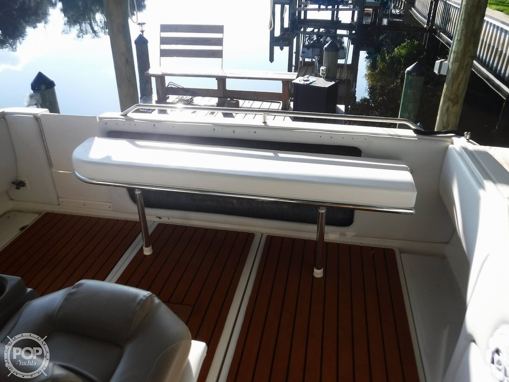 1992 Sea Ray boat for sale, model of the boat is 290 Sundancer & Image # 38 of 40