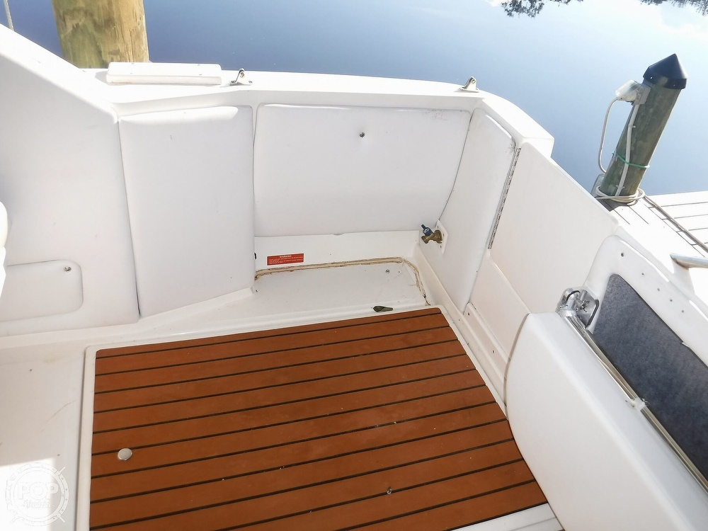 1992 Sea Ray boat for sale, model of the boat is 290 Sundancer & Image # 39 of 40