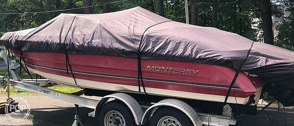 2006 Monterey boat for sale, model of the boat is Montura 214fs & Image # 2 of 40