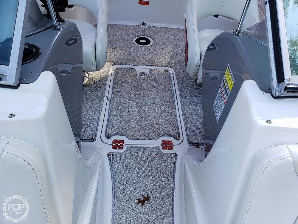 2006 Monterey boat for sale, model of the boat is Montura 214fs & Image # 28 of 40