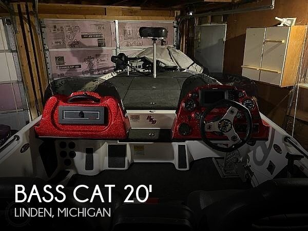 2013 Bass Cat Boats boat for sale, model of the boat is Cougar Advantage & Image # 1 of 15