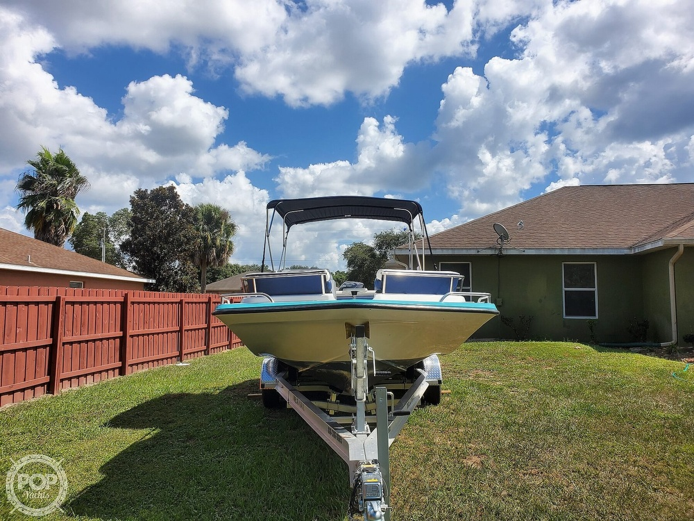 1995 Hurricane boat for sale, model of the boat is 24 Fun Deck & Image # 5 of 40