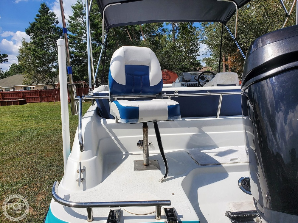 1995 Hurricane boat for sale, model of the boat is 24 Fun Deck & Image # 15 of 40