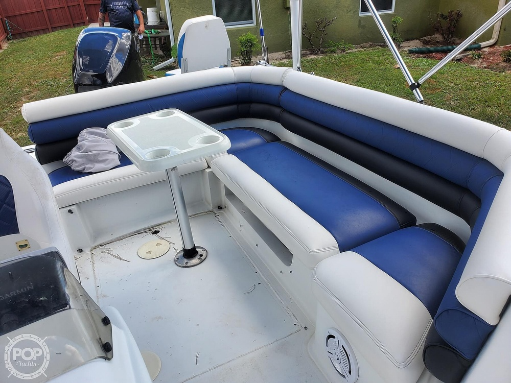 1995 Hurricane boat for sale, model of the boat is 24 Fun Deck & Image # 39 of 40