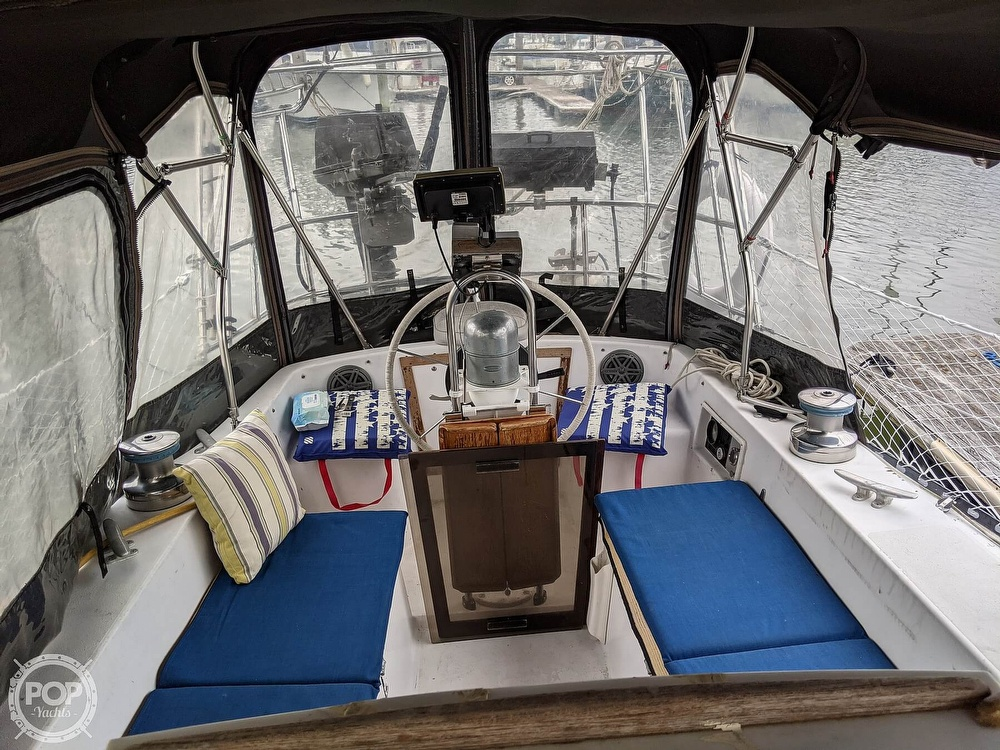 1974 C & C boat for sale, model of the boat is 35 Mark II & Image # 10 of 40