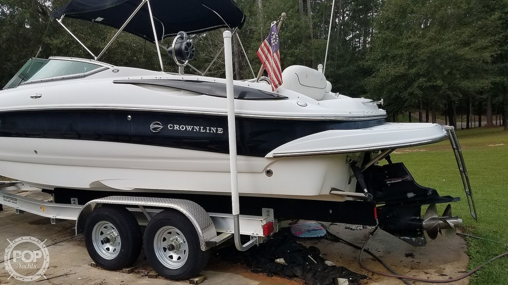 2006 Crownline boat for sale, model of the boat is 262 ex & Image # 16 of 40