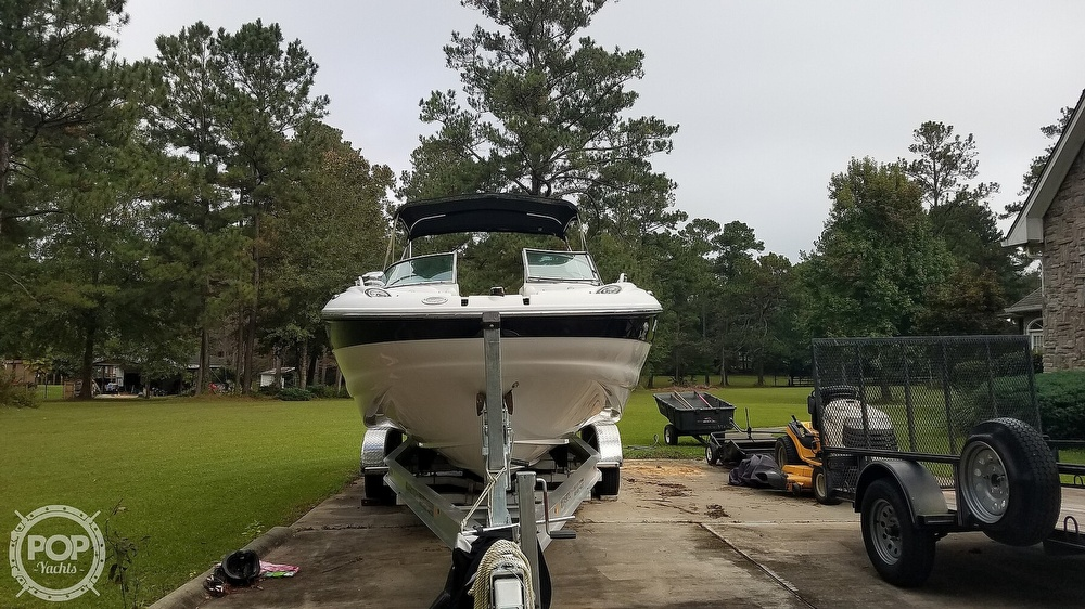 2006 Crownline boat for sale, model of the boat is 262 ex & Image # 19 of 40