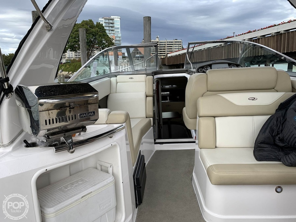 2012 Regal boat for sale, model of the boat is 28 Express & Image # 5 of 40