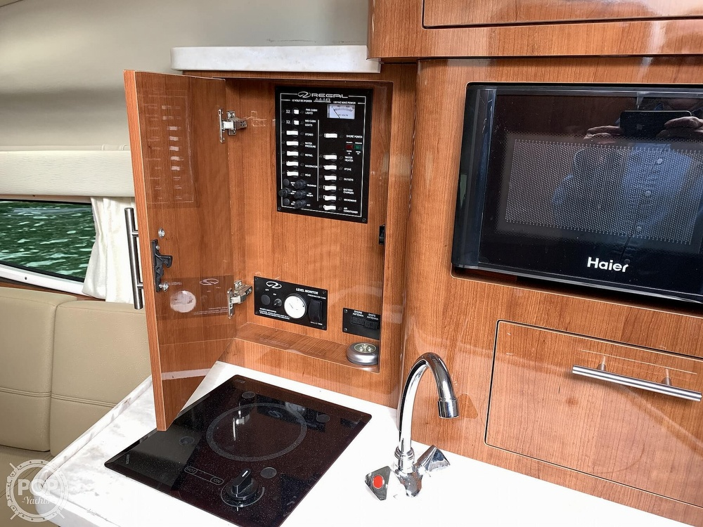 2012 Regal boat for sale, model of the boat is 28 Express & Image # 33 of 40