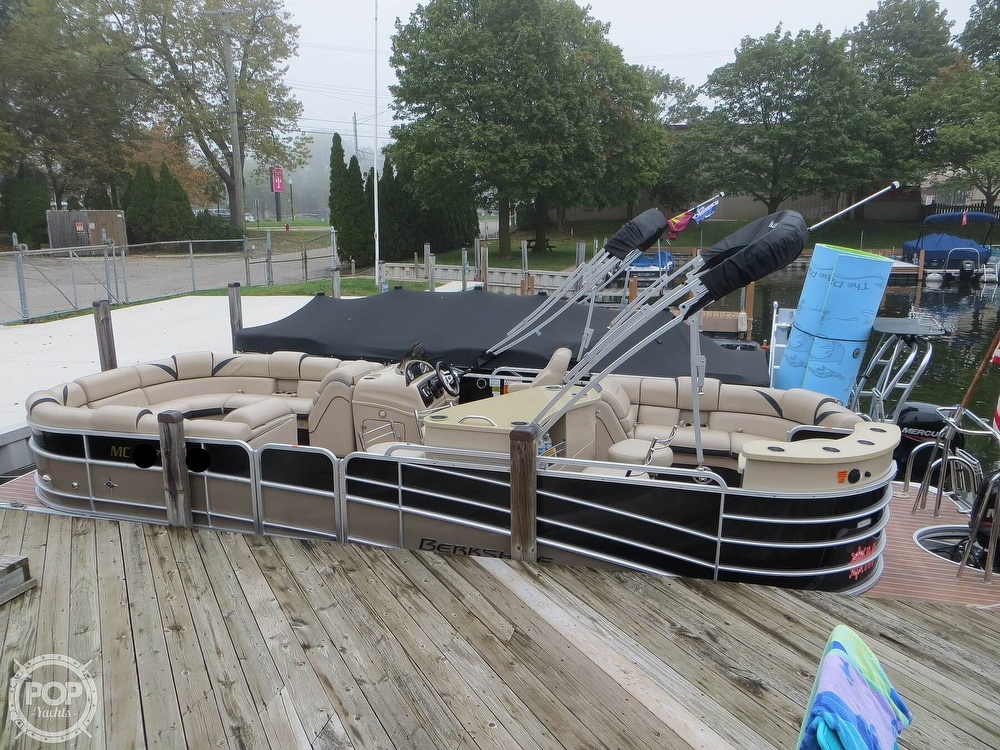 2016 Berkshire Pontoons boat for sale, model of the boat is 25E STS & Image # 2 of 40