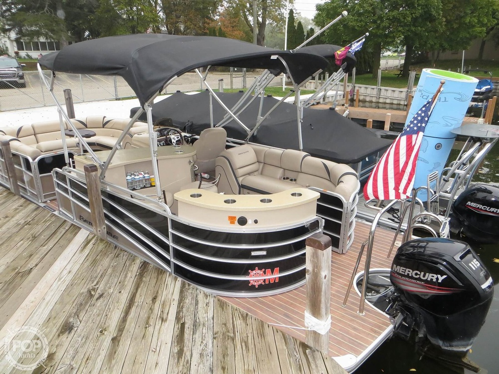 2016 Berkshire Pontoons boat for sale, model of the boat is 25E STS & Image # 4 of 40