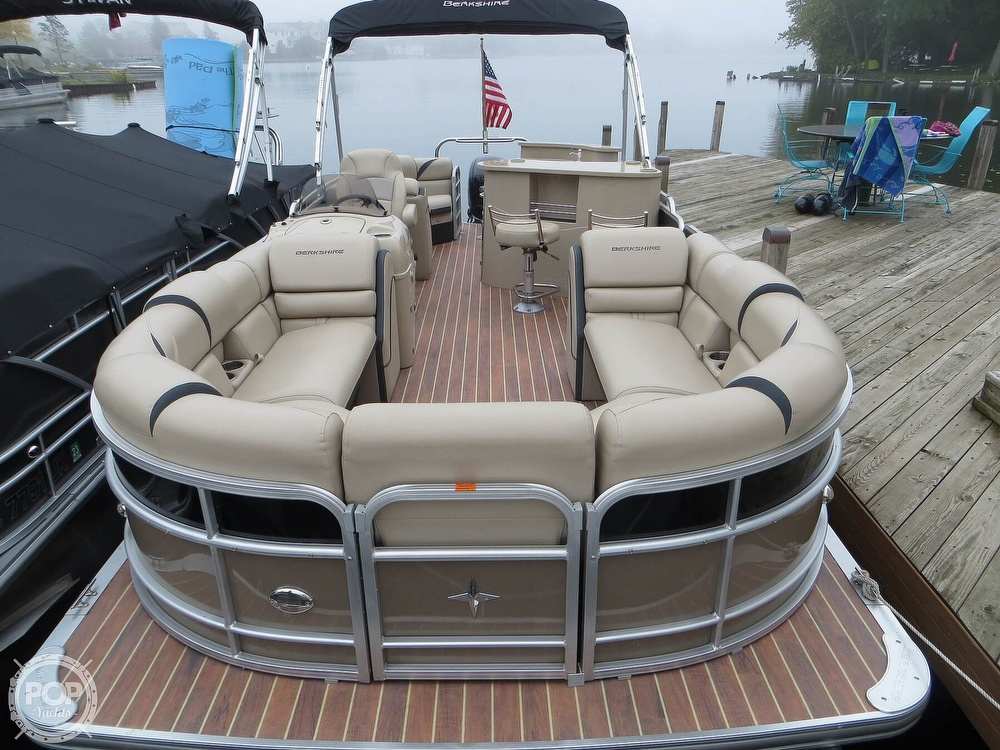 2016 Berkshire Pontoons boat for sale, model of the boat is 25E STS & Image # 5 of 40