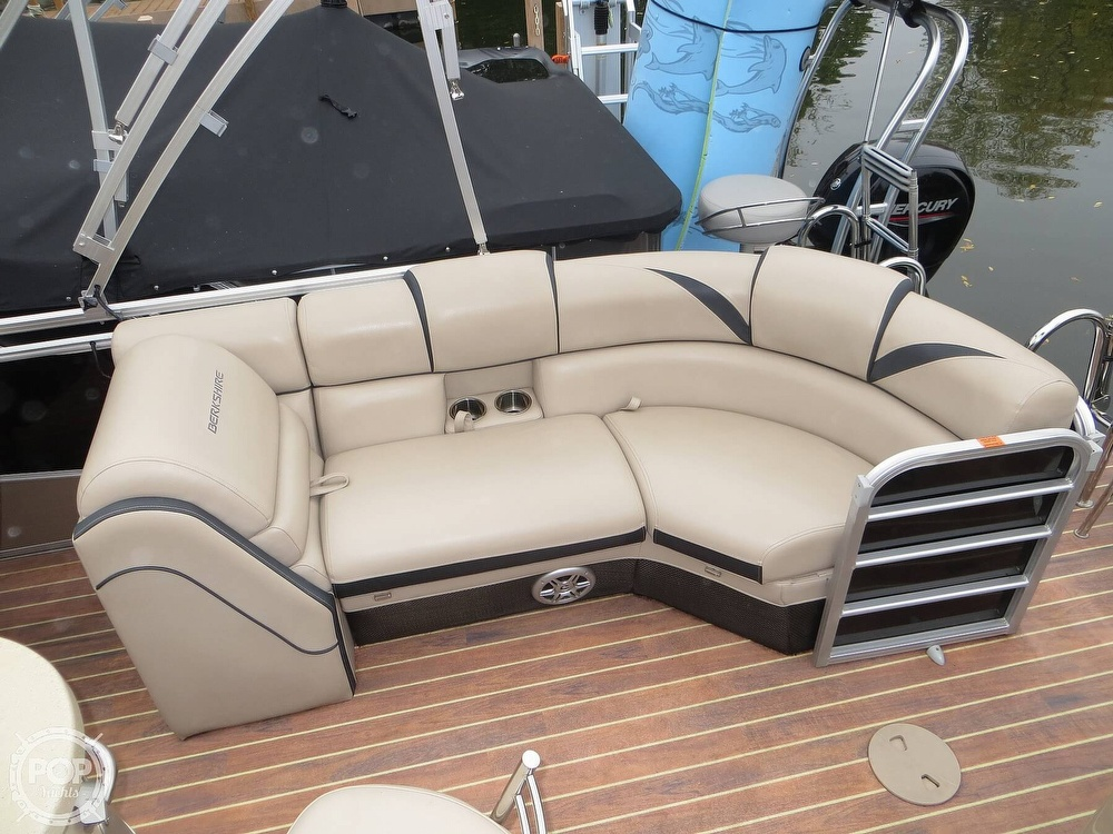 2016 Berkshire Pontoons boat for sale, model of the boat is 25E STS & Image # 10 of 40