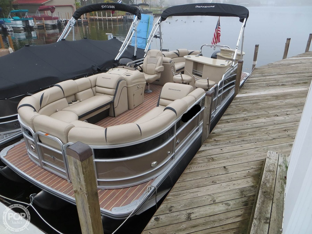 2016 Berkshire Pontoons boat for sale, model of the boat is 25E STS & Image # 14 of 40