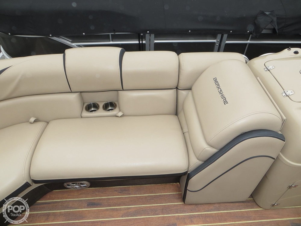 2016 Berkshire Pontoons boat for sale, model of the boat is 25E STS & Image # 31 of 40