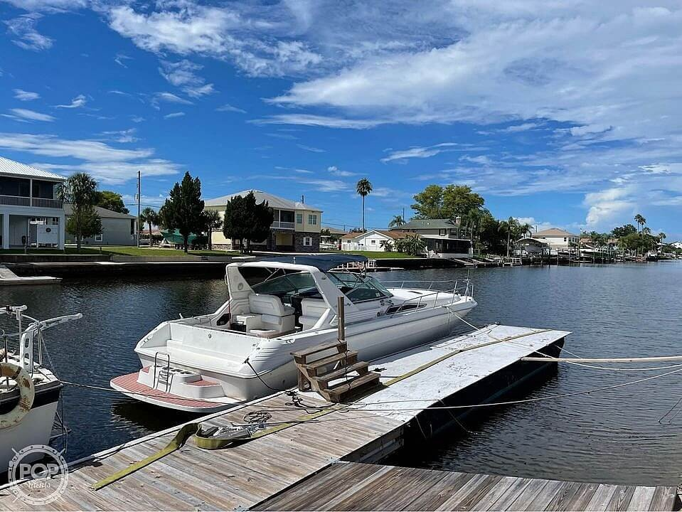 1992 Sea Ray boat for sale, model of the boat is 400 Express Cruiser & Image # 2 of 14