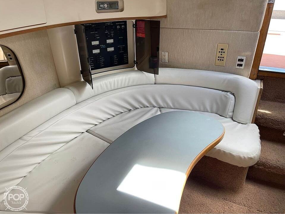 1992 Sea Ray boat for sale, model of the boat is 400 Express Cruiser & Image # 8 of 14