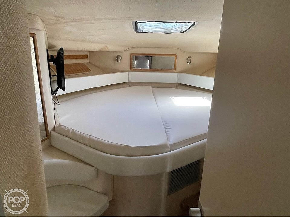 1992 Sea Ray boat for sale, model of the boat is 400 Express Cruiser & Image # 9 of 14