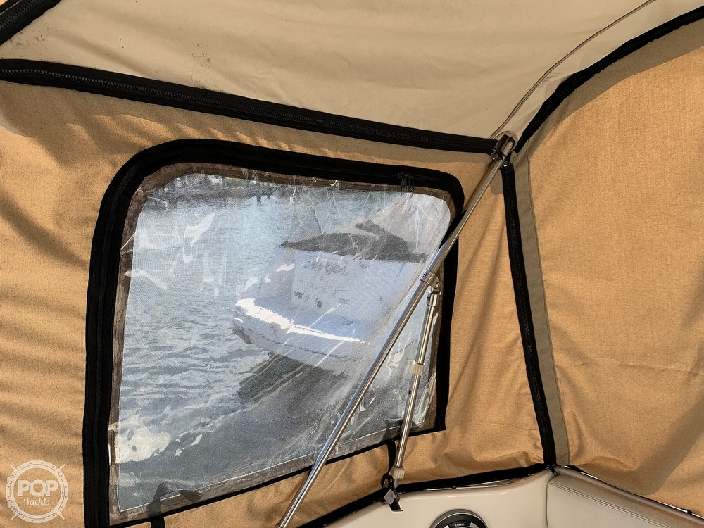 2000 Sea Ray boat for sale, model of the boat is 270 Sundancer & Image # 31 of 40