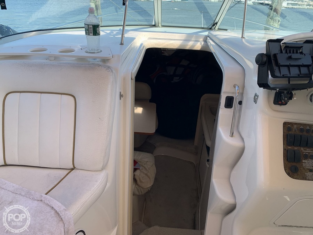 2000 Sea Ray boat for sale, model of the boat is 270 Sundancer & Image # 36 of 40