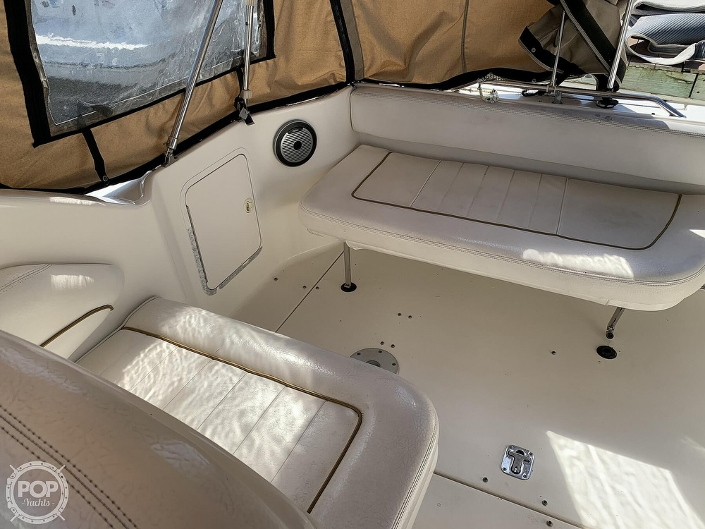 2000 Sea Ray boat for sale, model of the boat is 270 Sundancer & Image # 24 of 40