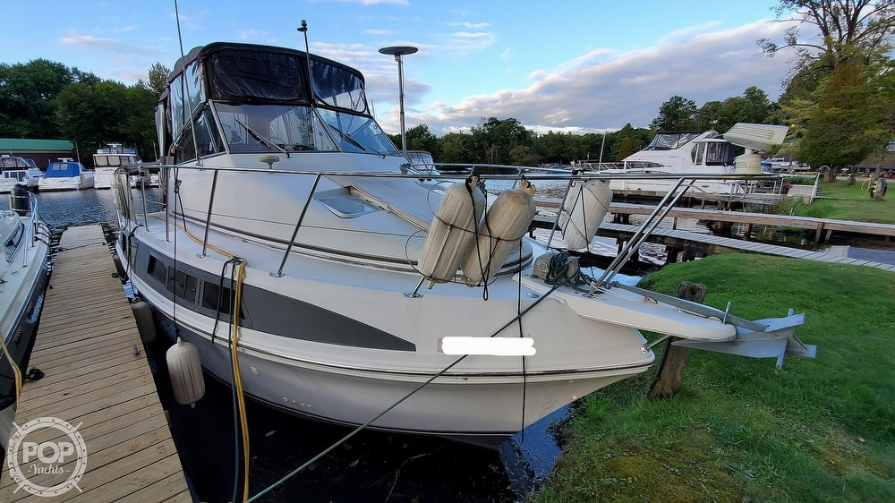 1996 Carver boat for sale, model of the boat is Mariner 330 & Image # 10 of 40