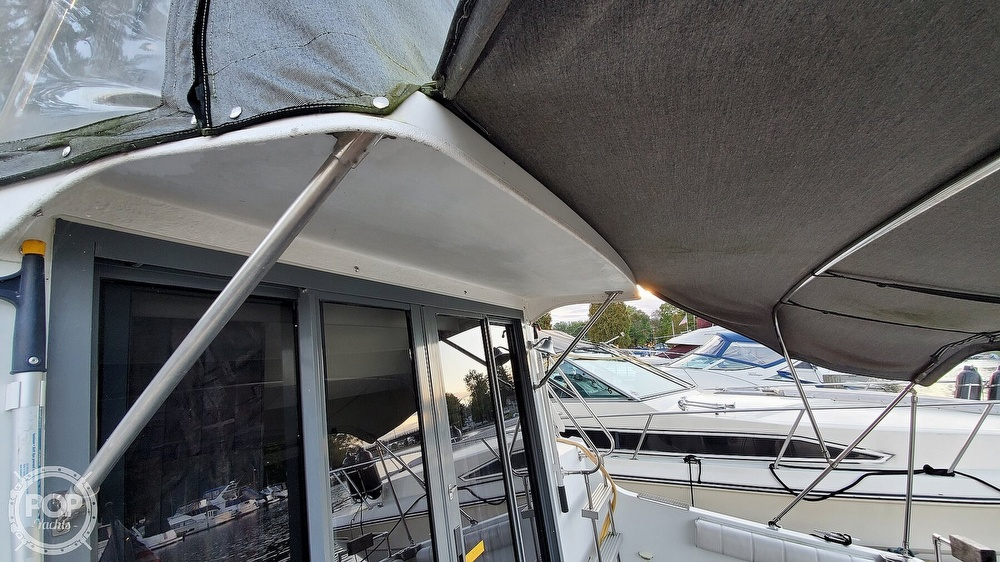 1996 Carver boat for sale, model of the boat is Mariner 330 & Image # 26 of 40