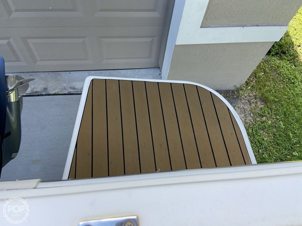 2014 Seaswirl boat for sale, model of the boat is Striper 220 DC & Image # 20 of 40