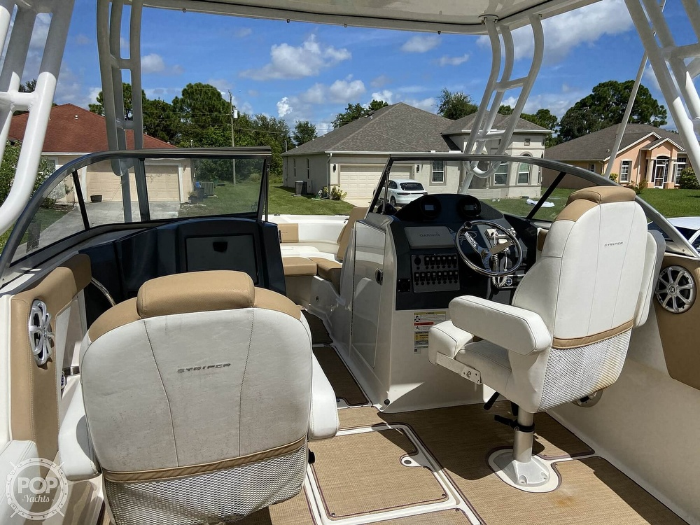 2014 Seaswirl boat for sale, model of the boat is Striper 220 DC & Image # 2 of 40