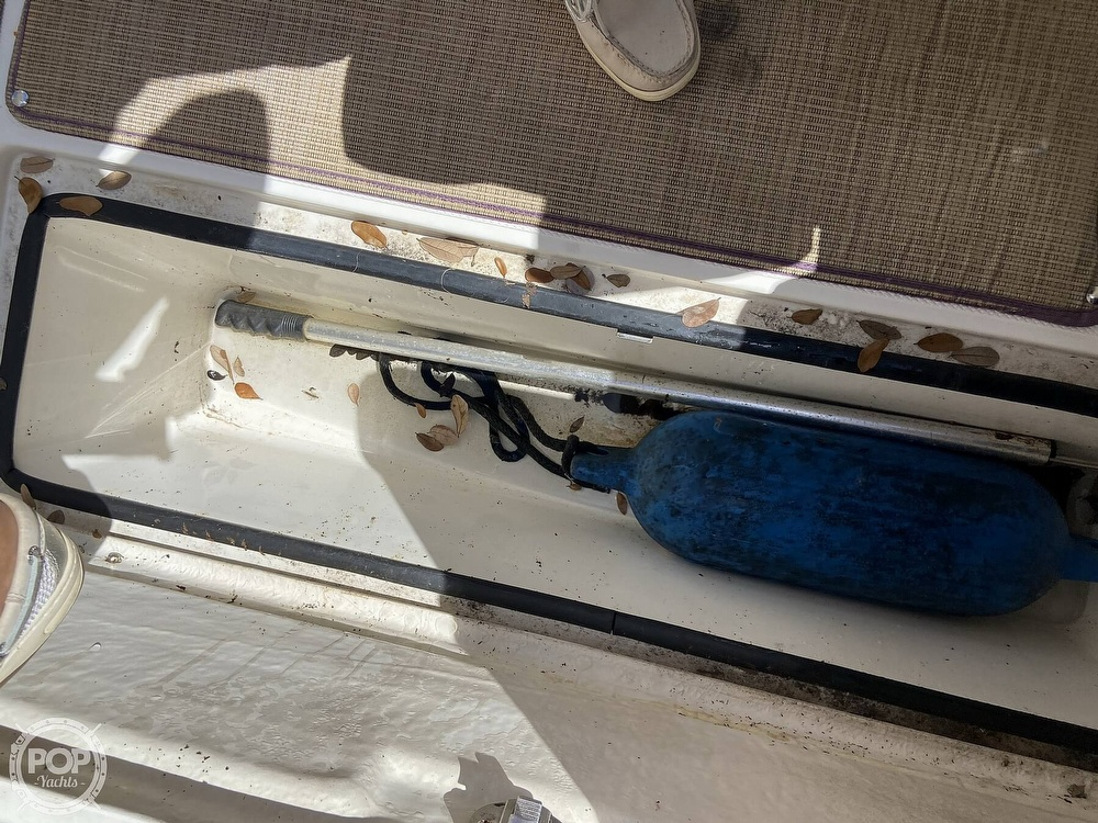 2014 Seaswirl boat for sale, model of the boat is Striper 220 DC & Image # 23 of 40