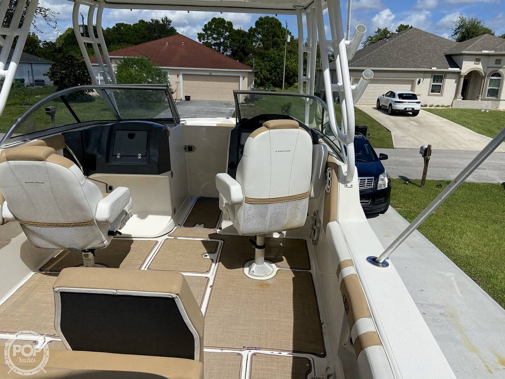2014 Seaswirl boat for sale, model of the boat is Striper 220 DC & Image # 8 of 40