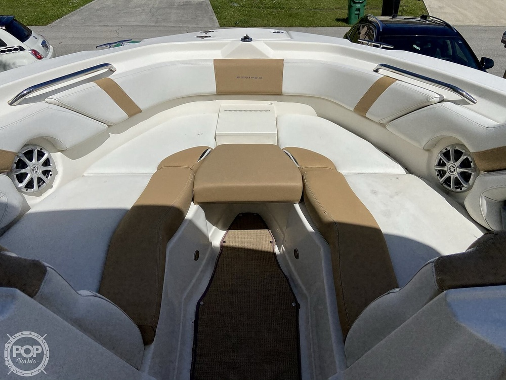 2014 Seaswirl boat for sale, model of the boat is Striper 220 DC & Image # 7 of 40