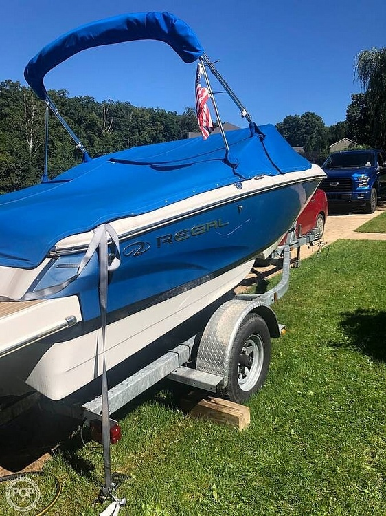 2015 Regal boat for sale, model of the boat is 1900 ES & Image # 16 of 40