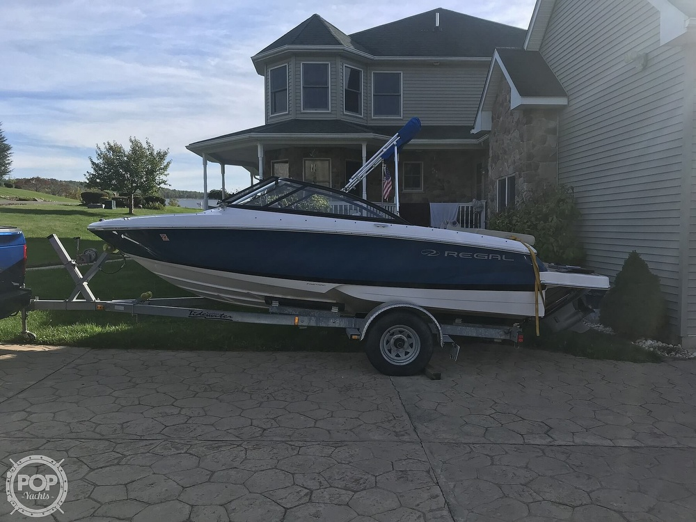 2015 Regal boat for sale, model of the boat is 1900 ES & Image # 19 of 40