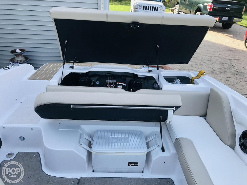 2015 Regal boat for sale, model of the boat is 1900 ES & Image # 4 of 40