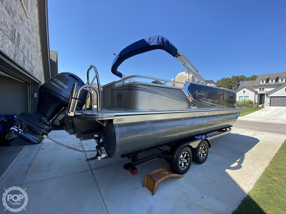 2018 Avalon boat for sale, model of the boat is LSZ 2285 RF & Image # 2 of 40
