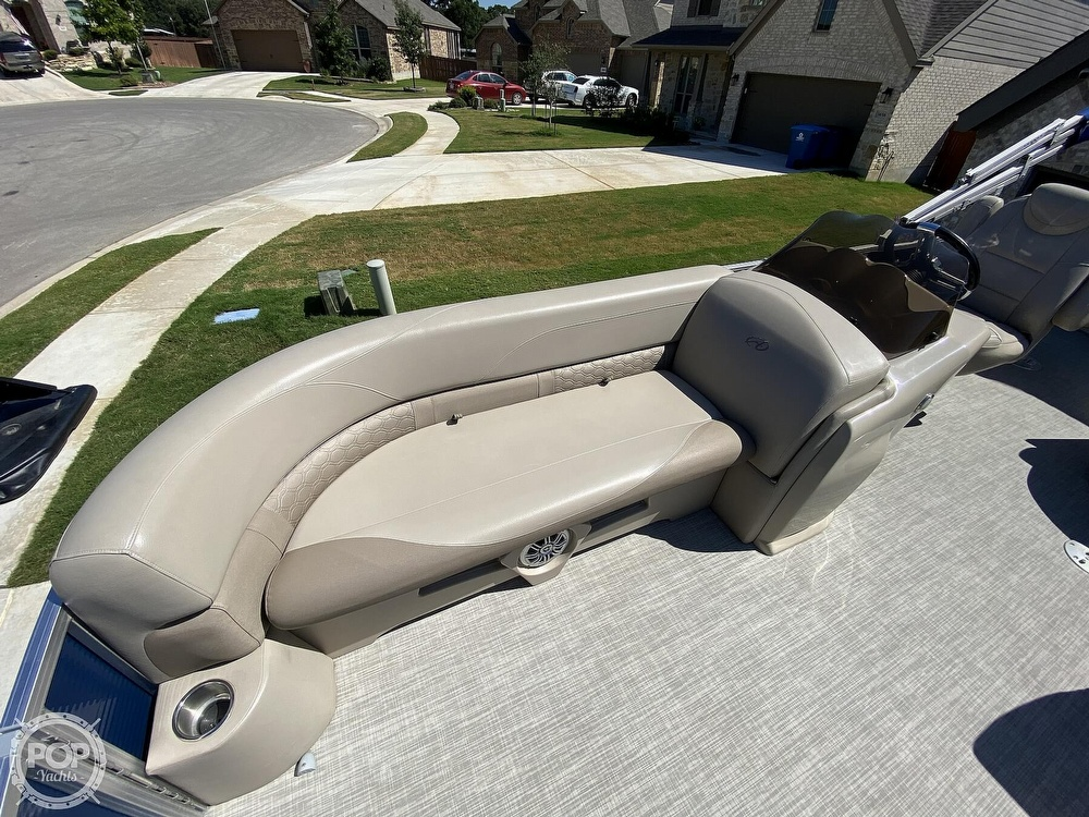 2018 Avalon boat for sale, model of the boat is LSZ 2285 RF & Image # 24 of 40