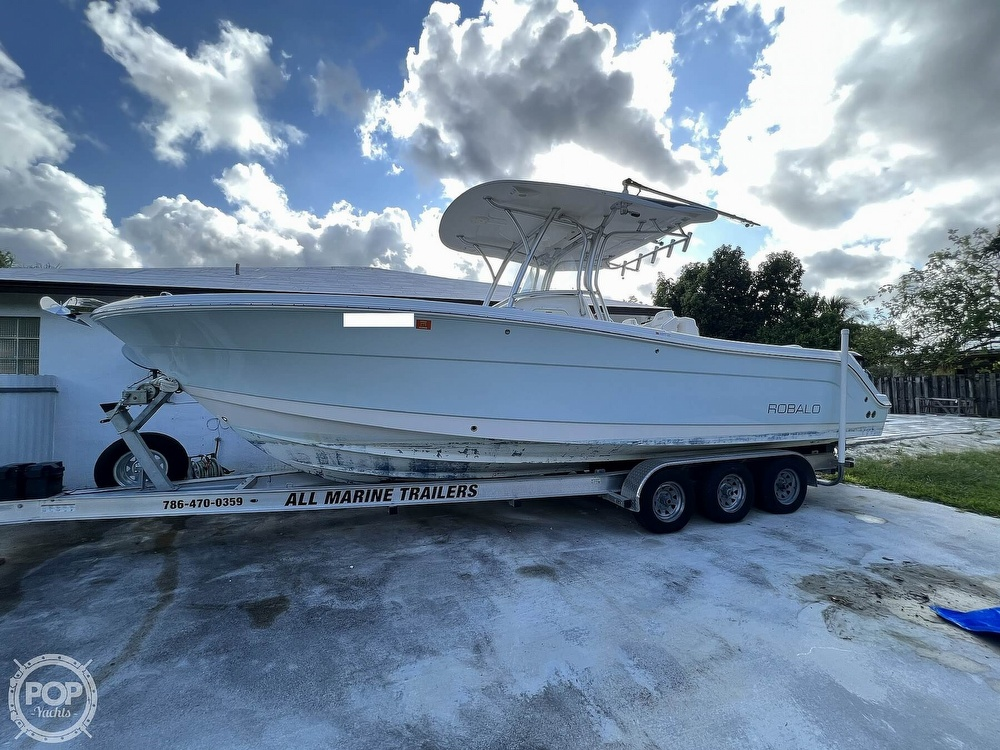 2015 Robalo boat for sale, model of the boat is R300 CC & Image # 11 of 40