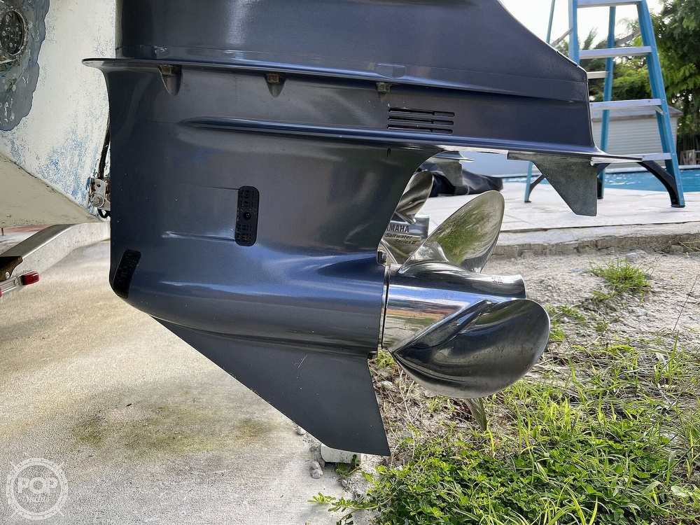 2015 Robalo boat for sale, model of the boat is R300 CC & Image # 21 of 40