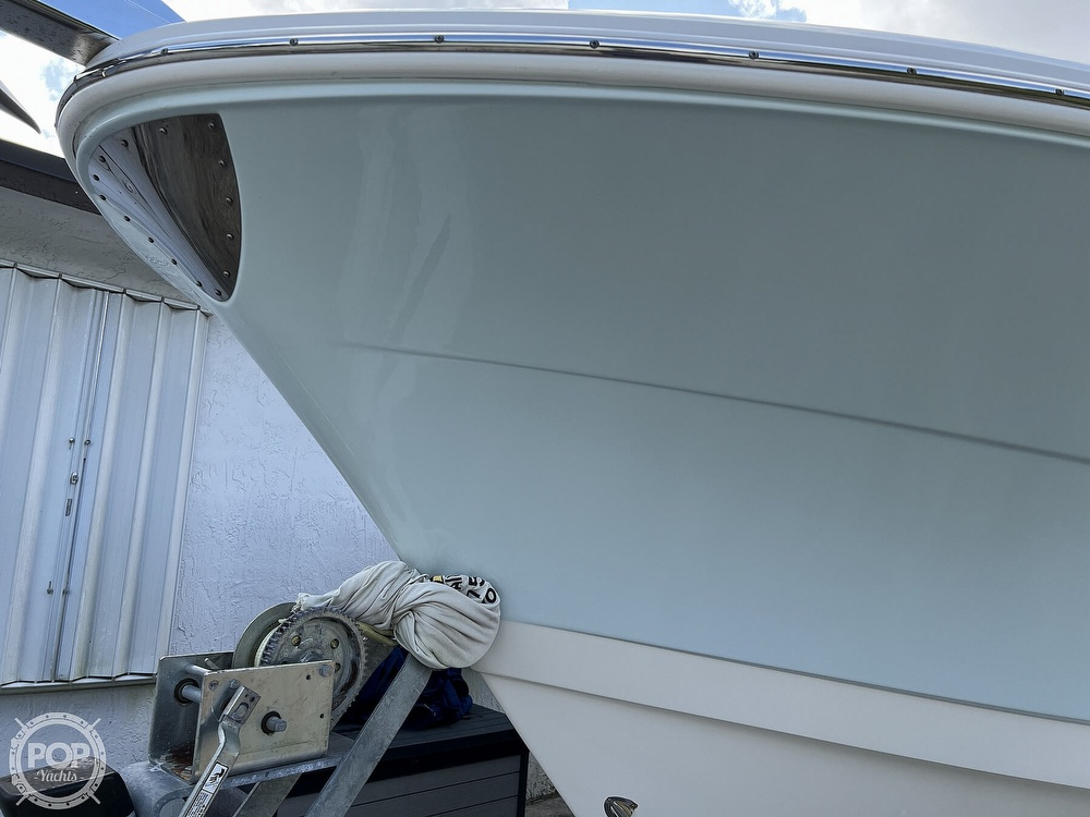 2015 Robalo boat for sale, model of the boat is R300 CC & Image # 32 of 40