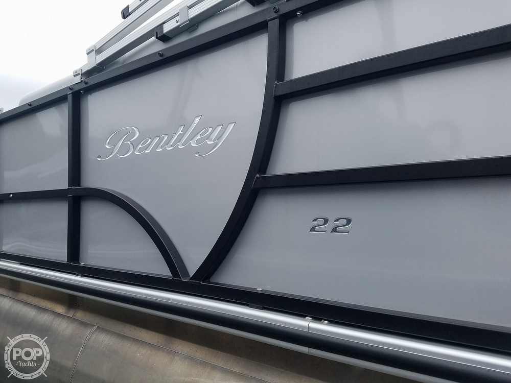 2021 Bentley boat for sale, model of the boat is 220 Cruise & Image # 20 of 40