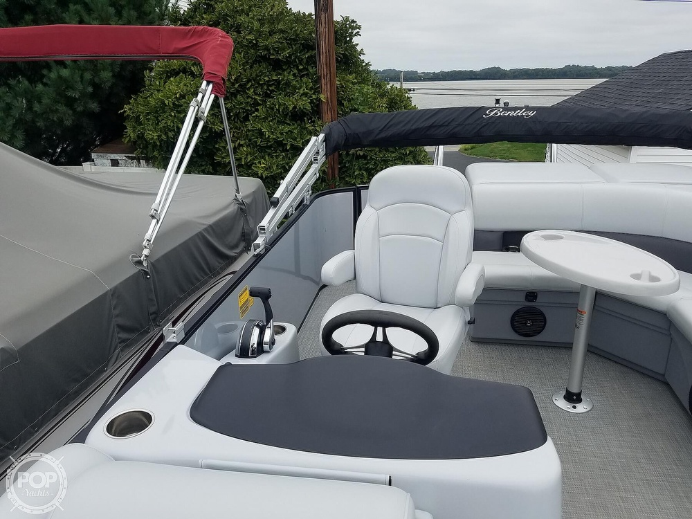 2021 Bentley boat for sale, model of the boat is 220 Cruise & Image # 29 of 40
