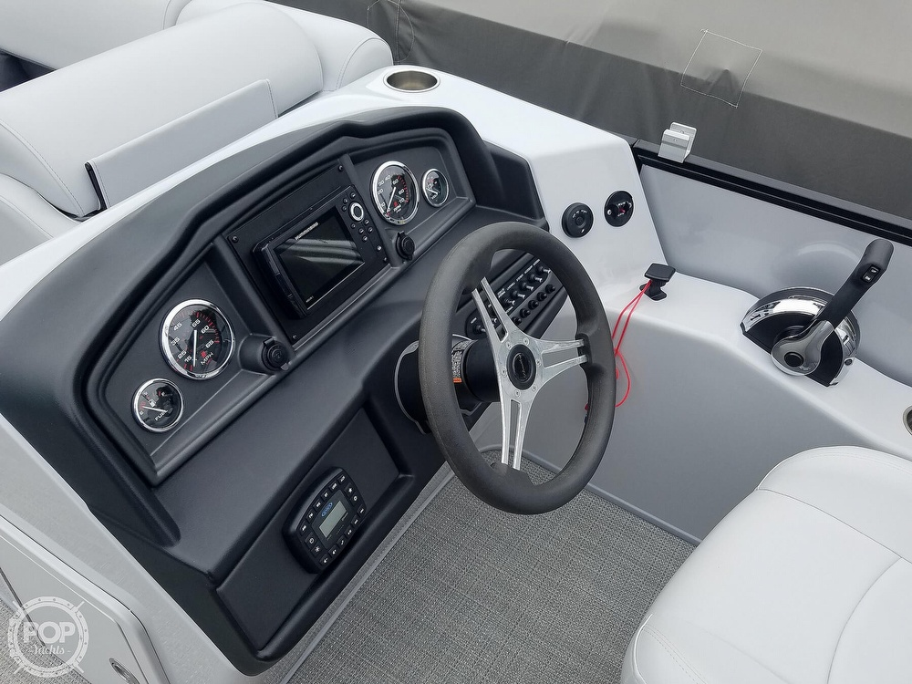 2021 Bentley boat for sale, model of the boat is 220 Cruise & Image # 30 of 40