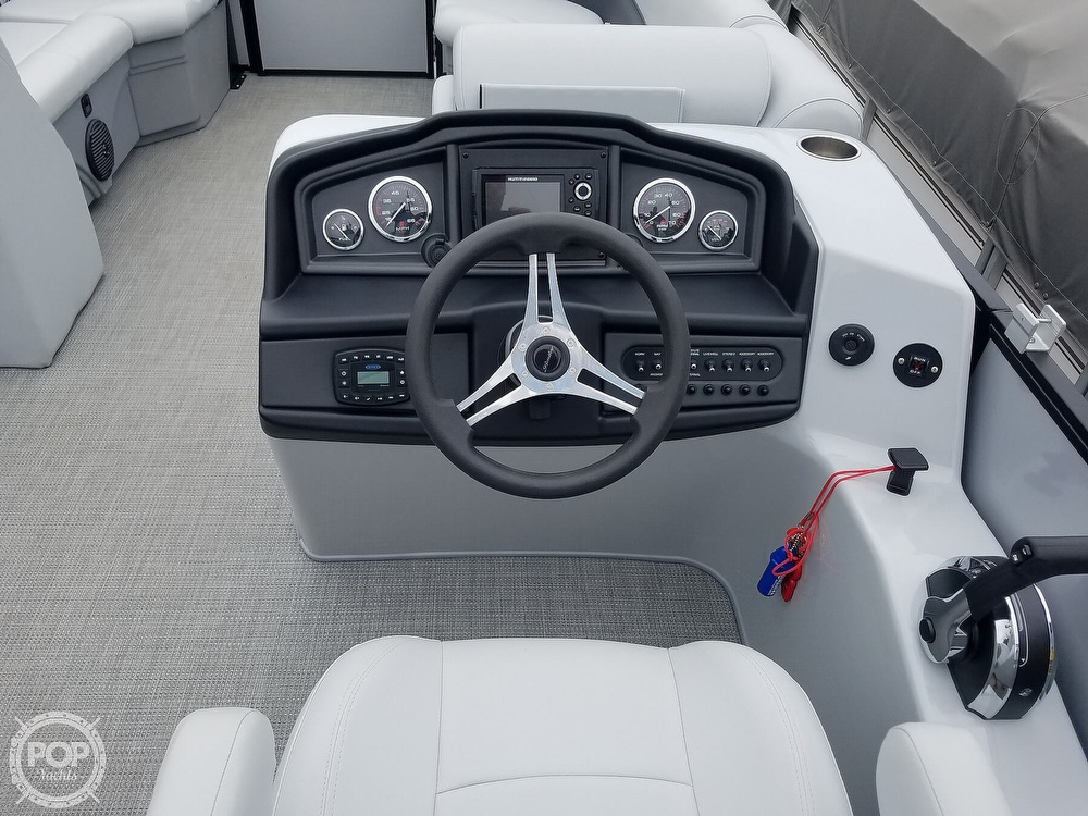 2021 Bentley boat for sale, model of the boat is 220 Cruise & Image # 32 of 40