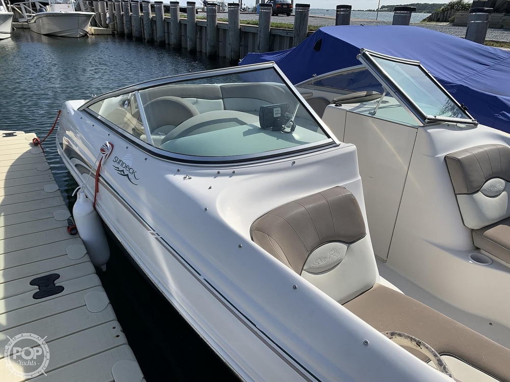 2004 Sea Ray boat for sale, model of the boat is 200 Sundeck & Image # 15 of 40